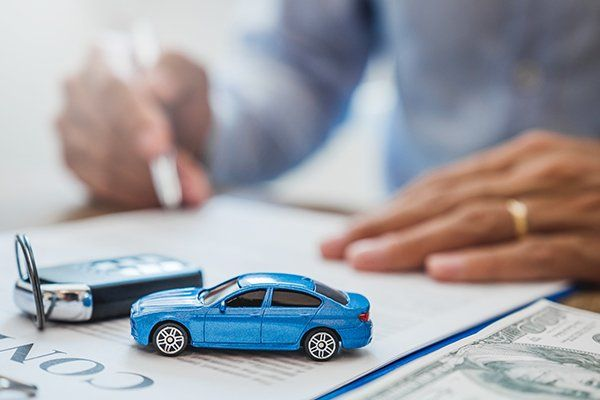 合同保险汽车概念-芝加哥,伊利诺斯州保险中心公司