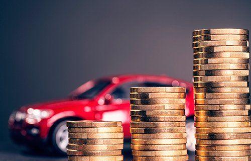 芝加哥汽车保险-钱和车在芝加哥,伊利诺斯州