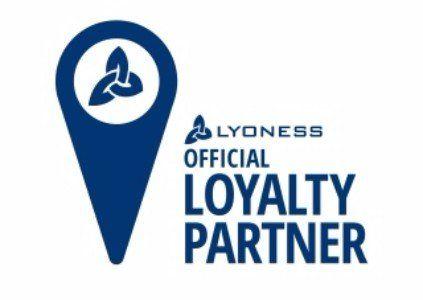 un depliant con scritto Loyalty Partner