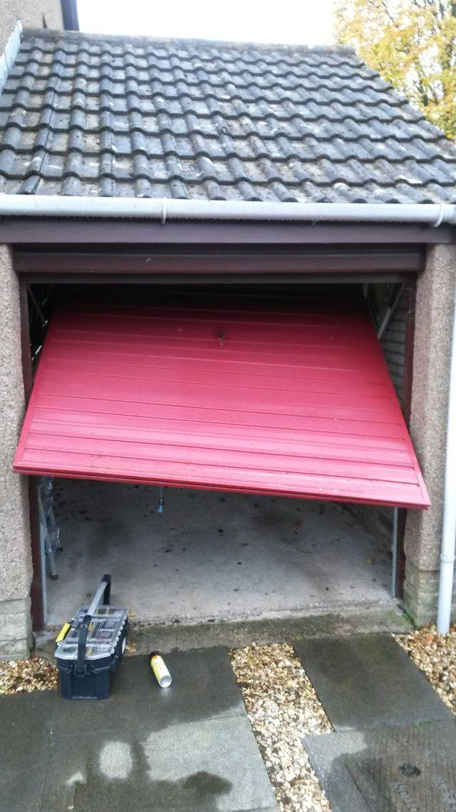 Repairing garage doors in Fife