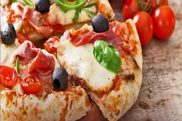 pizza con prosicutto