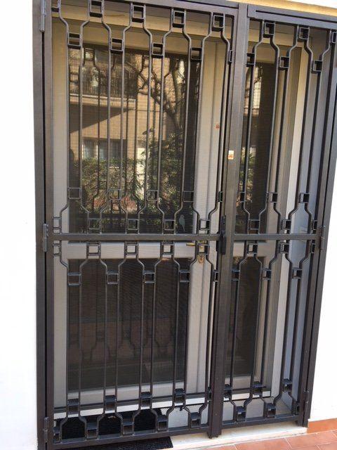Costruzione inferriate casa modena falegnameria grandi - Costo grate finestre roma ...