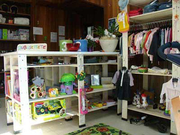 giocattoli di seconda mano per l'infanzia