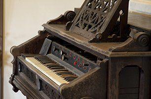 piano before polishing