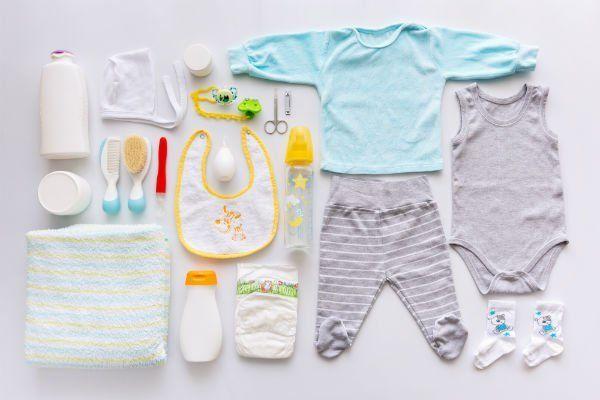 Abbigliamento e attrezzature per neonati