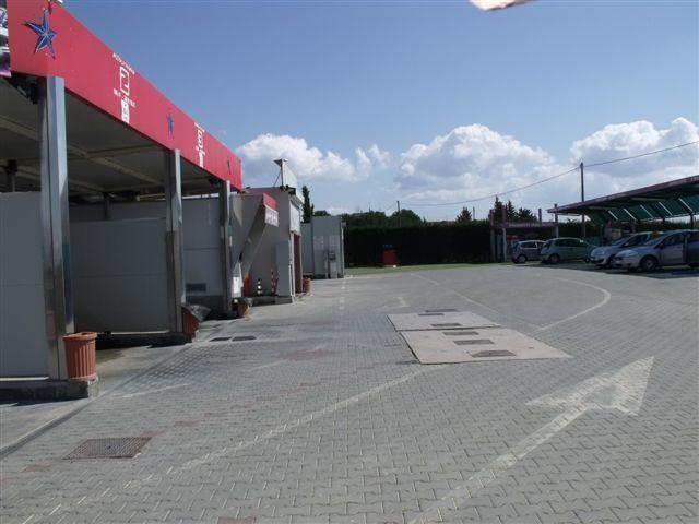 piazzale per l'autolavaggio