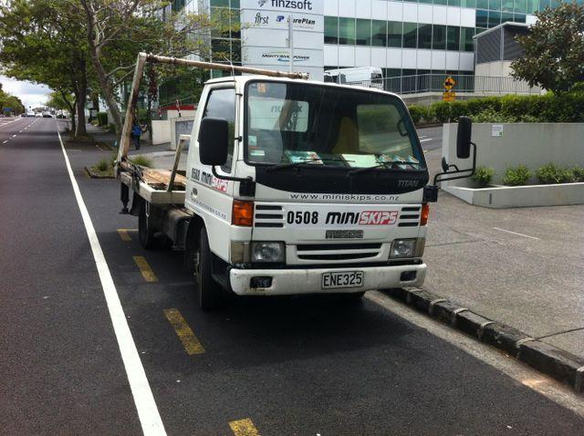 Miniskips Commercial truck