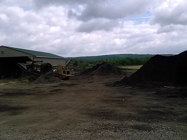 Topsoil Delivery Meadville, PA | Mulch Delivery & Landscape