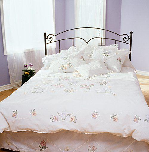 Un letto in ferro battuto a Empoli
