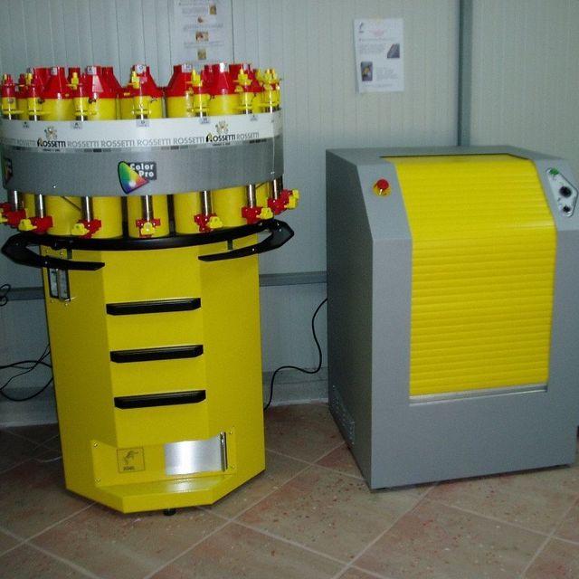 Servizio tintometrico computerizzato