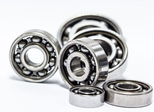 4 Ways a Bad Wheel Bearing Can Affect Your Vehicle