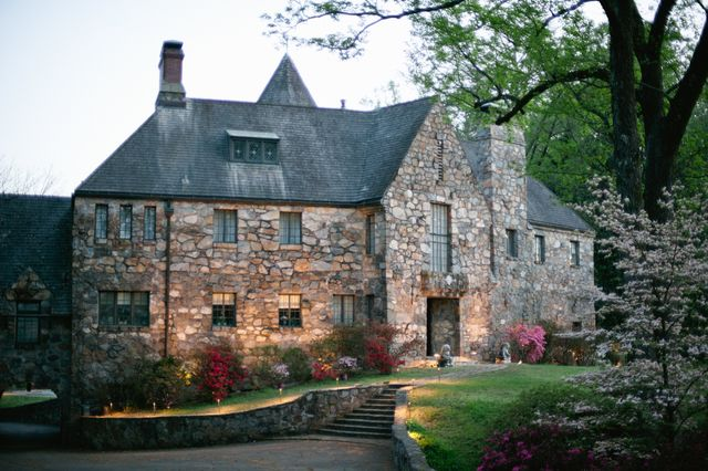 Home the castle on stagecoach central arkansas wedding venue in ar junglespirit Image collections