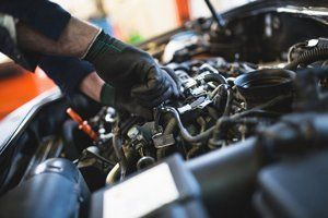 Car garage | Pistons & Components