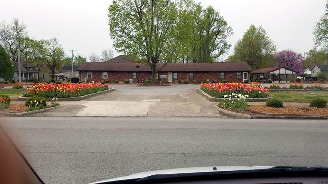 Pettett Funeral Home | Murphysboro, IL