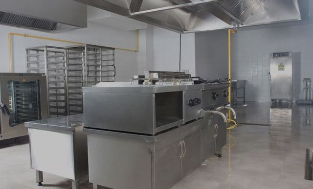 commercial kitchen interiors