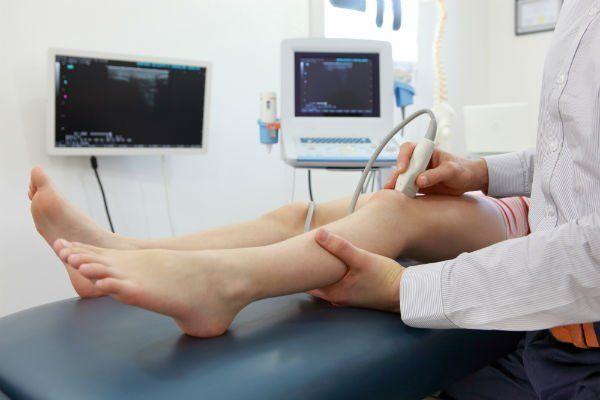 un ecografia al ginocchio