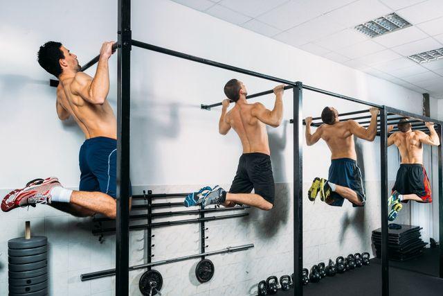 alcuni atleti durante un allenamento
