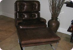 Button covering - St Ives - CA & NC Pedlar Upholstery - refurbished chair