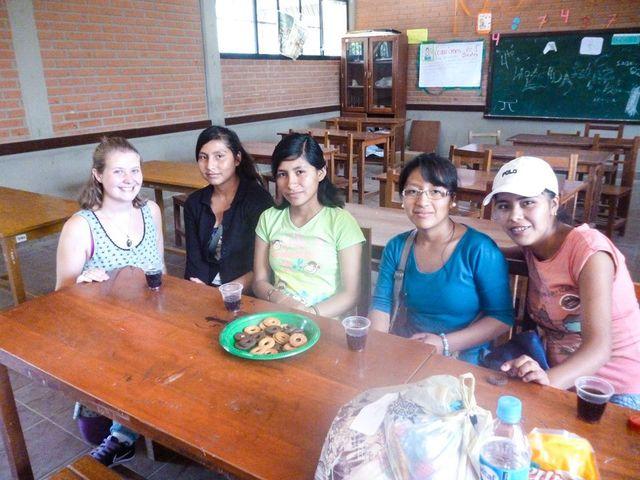 Chloe volunteering in Bolivia