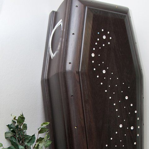 cassa funebre in legno