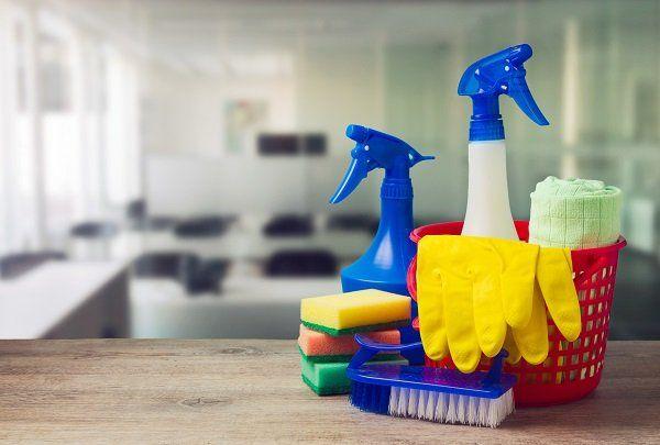 Prodotti per la pulizia dell'ufficio a San Lazzaro di Savena