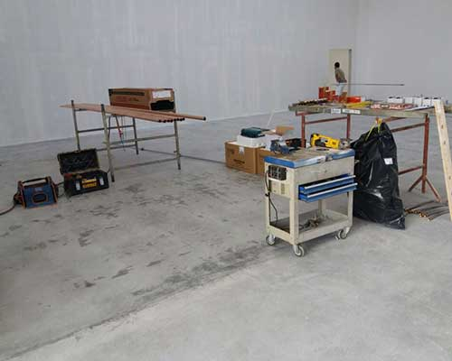 stanza allestita per installazione impianti
