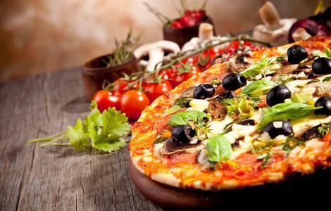 Extra cheez pizzas