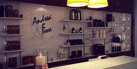 Prodotti naturali al salone Andrea E Fiore Parrucchieri a Ferrara