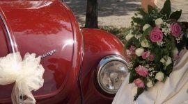 Fotografia dell'auto per un matrimonio