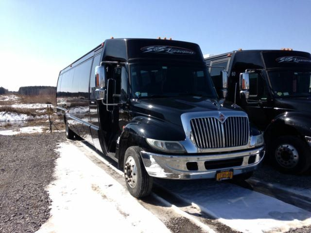 Austin Party Bus Rental up to 32 Passengers