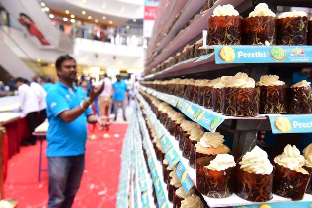 Tallest Tower Of Cupcakes World Record Set In India