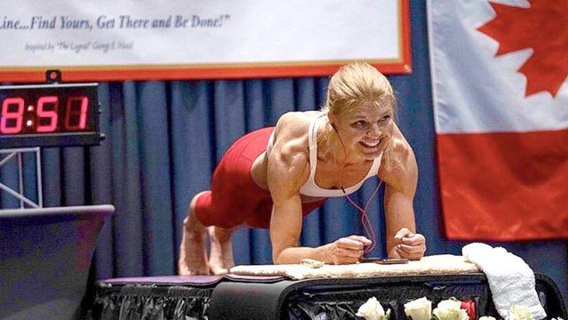Longest time in an abdominal plank position (female): Dana