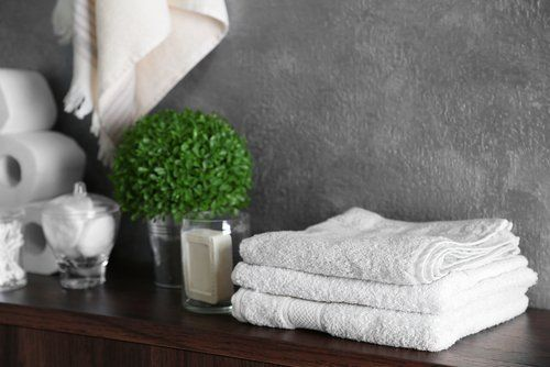 vendita di asciugamani e teli da bagno
