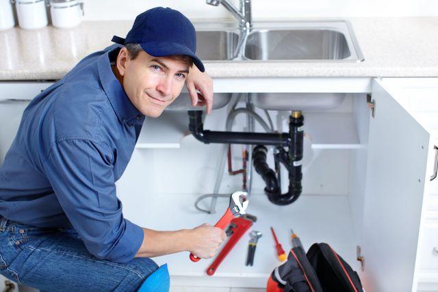 Expert plumbing services underway in Cincinnati, OH