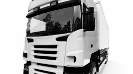 vista frontale di un camion