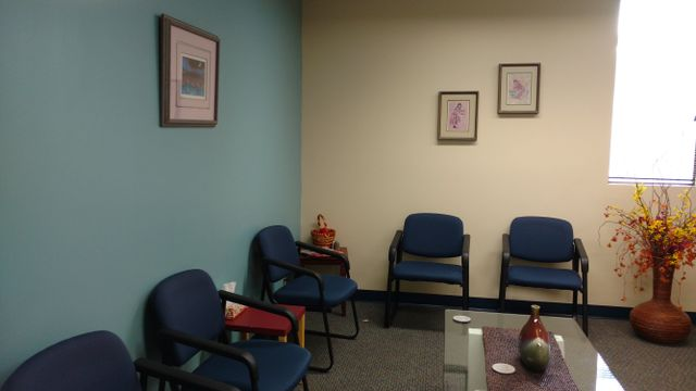 Group treatment room for solving substance use issues in Lincoln, NE