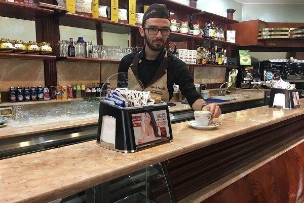 Caffetteria del bar Pavone a Bari