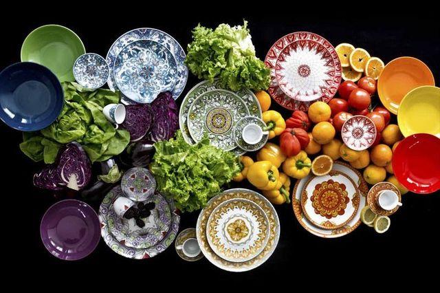 piatti in varie colorazioni