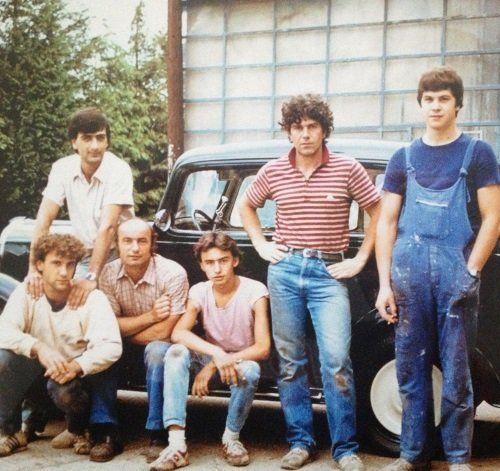 vecchia foto del team di meccanici professionisti