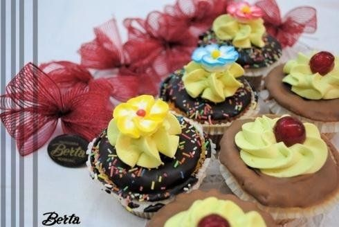 Torte personalizzate - Sondrio - PASTICCERIA BERTA b9740bf3d505