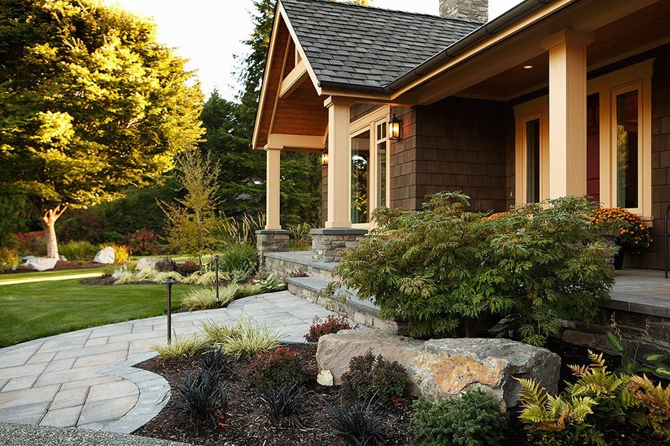 a walkway to help give your front yard a more functional look