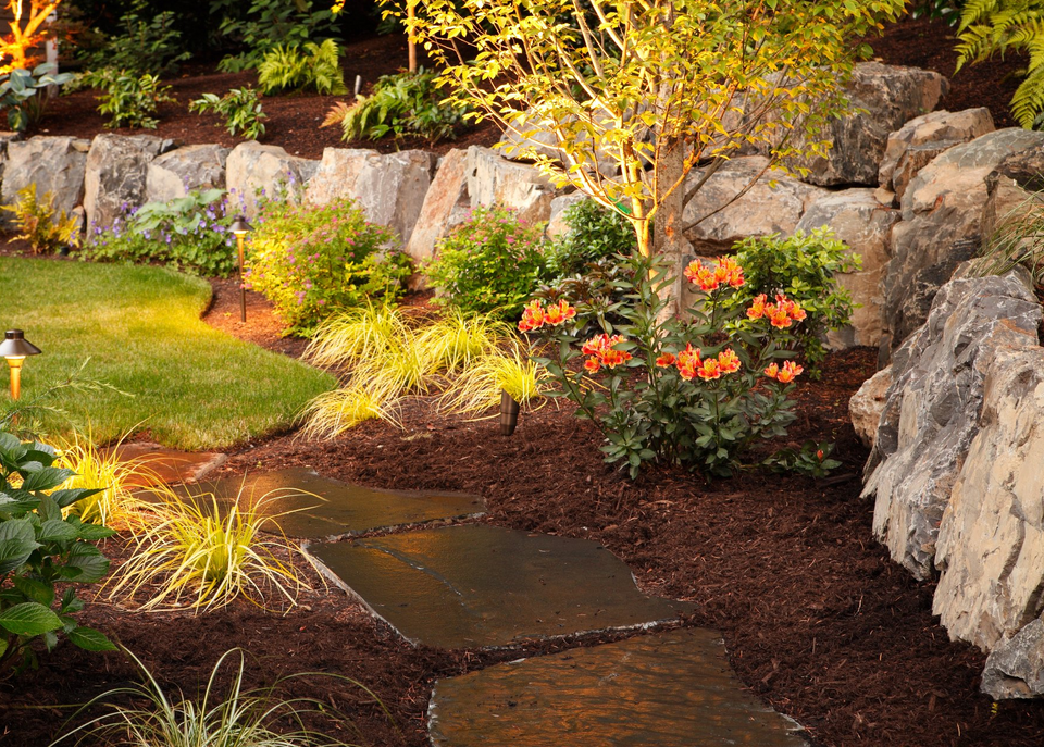 outdoor lighting flower garden