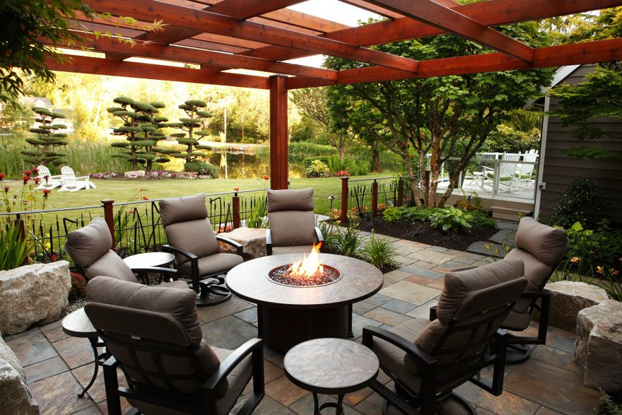 fire pit outdoor pergola