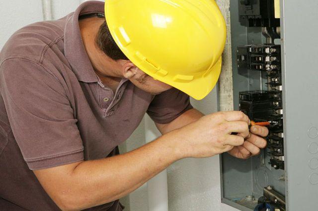 Lighting maintenance services in Honolulu, HI