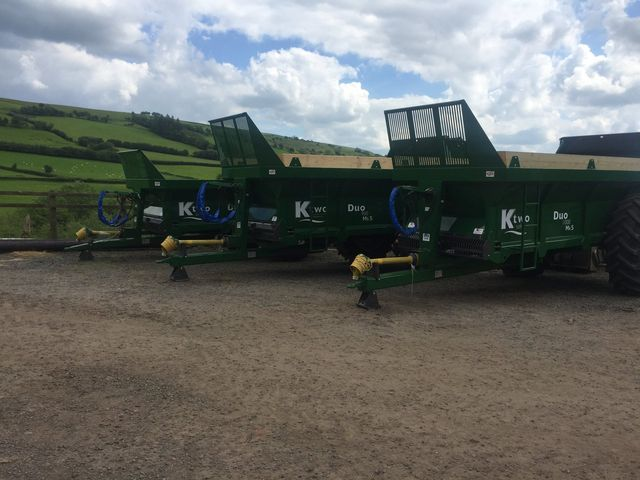manure spreading machinery