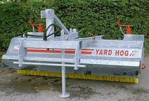 YARD HOG road brush