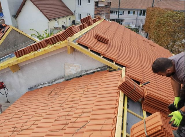 Couvreur Cherbourg Manche 50 Pose Toiture Renovation Nettoyage