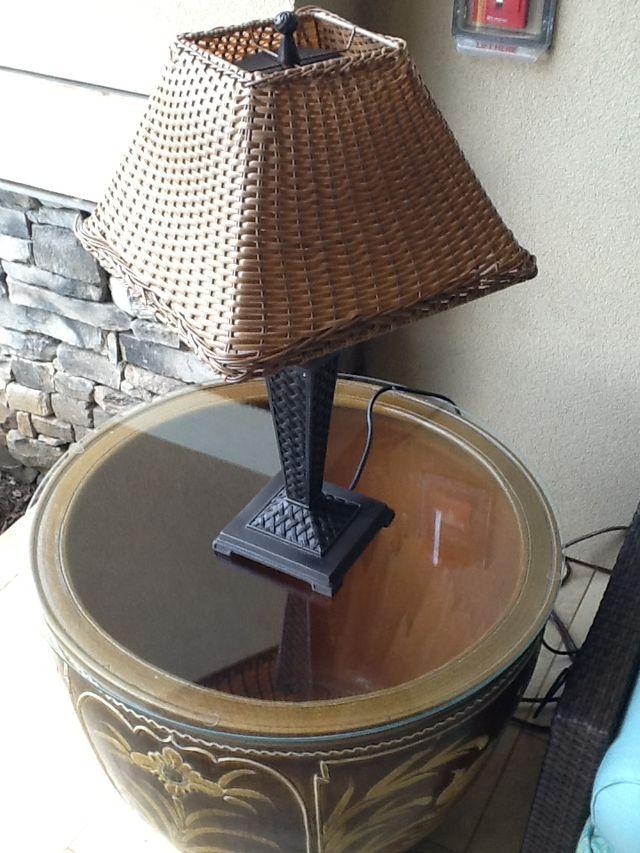 Custom glass table top in Lahaina, HI