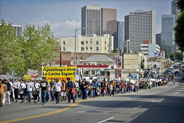 La lucha de los padres de los 43 desaparecidos en México llega a Washington