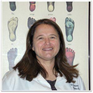 Carmina Quiroga,, DPM | Missouri Podiatrist | Foot Doctor